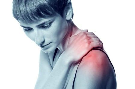 Как снять боль в плече в домашних условиях