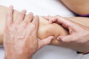Чем лечить гнойную рану на ноге народными средствами