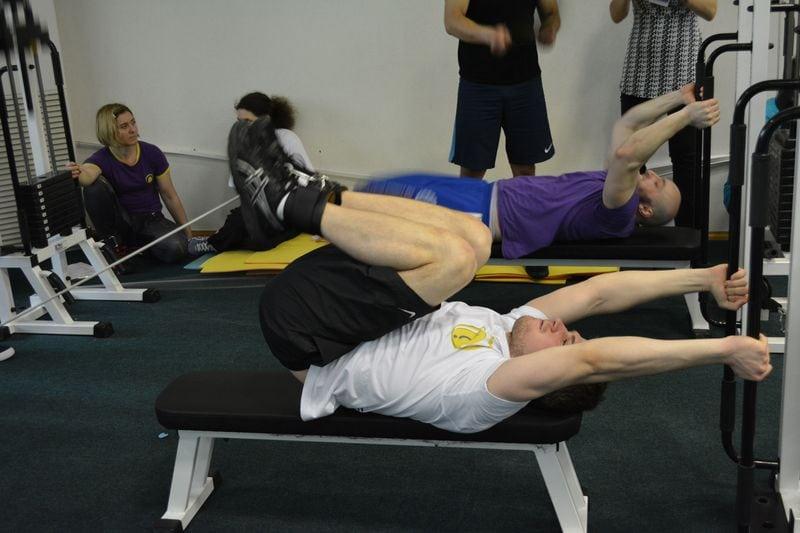 Комплекс упражнений Сергея Бубновского для коленных суставов