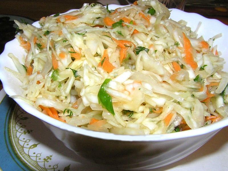 Как приготовить салат из капусты с фото