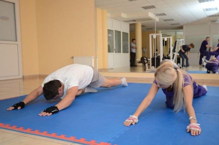 массаж и лечебная гимнастика для тазобедренного сустава