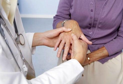 После химиотерапии болят кости суставы