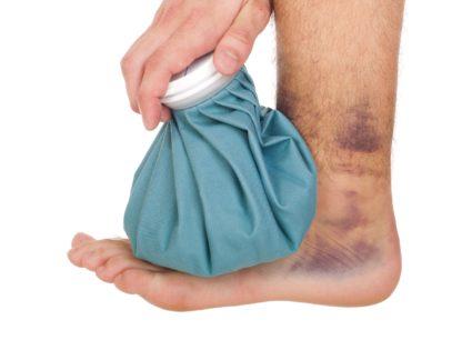 Повреждение связочного аппарата голеностопного сустава в футболеПовреждение связочного аппарата голеностопного сустава в футболе